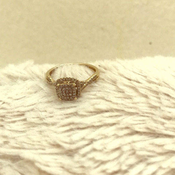 Jewelry - Engagement/promise Ring
